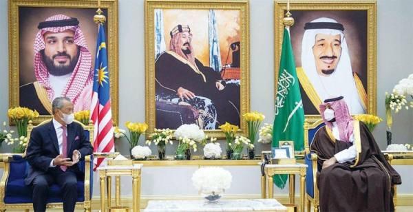 محمد بن سلمان يدفع 6 عقود من التعاون مع ماليزيا للأمام