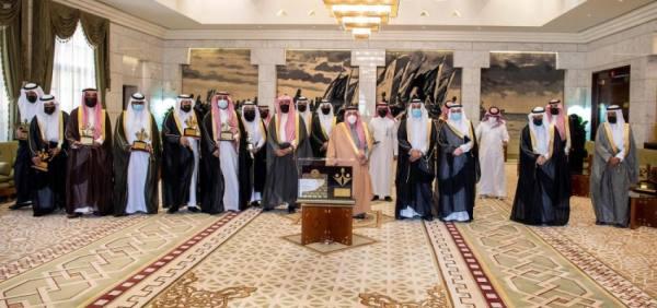 أمير الرياض يكرم الفائزين بجائزة جامعة المجمعة لخدمة المجتمع