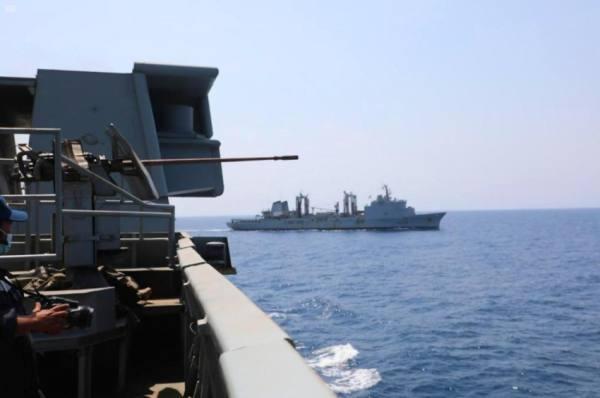 البحرية السعودية ونظيرتها الفرنسية تنفذان تمرين