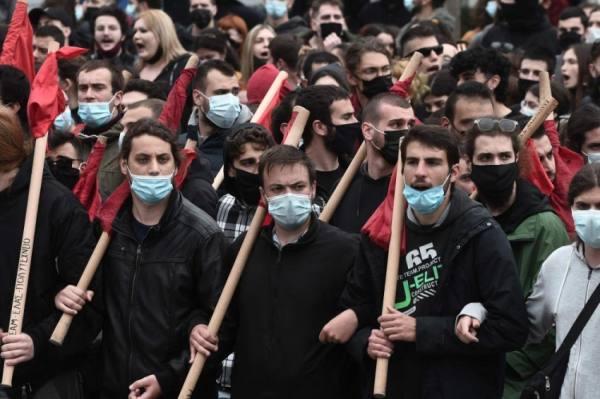 اليونان.. تظاهرات طلابية على خلفية مزاعم عنف أمني
