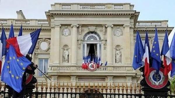 فرنسا: أوروبا مستعدة لفرض عقوبات على كيانات إيرانية