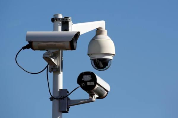 قرصنة 150 ألف كاميرا مراقبة في عدة دول