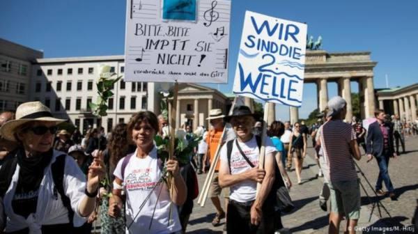 ألمانيا.. تظاهرات ضد القيود المفروضة لاحتواء