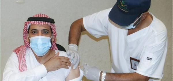 فريق طبي لتطعيم منسوبي إمارة مكة