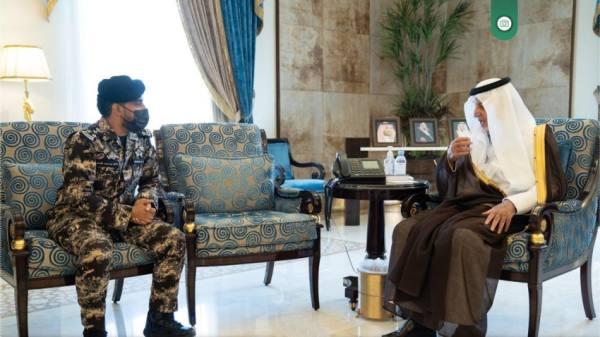 الفيصل يستقبل قائد قوة أمن المنشآت بالمنطقة