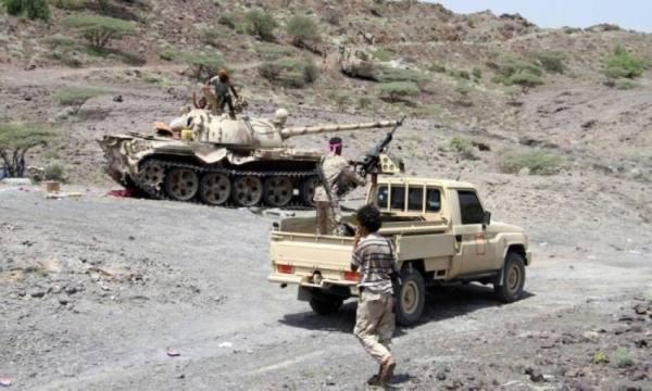 الجيش اليمني يتقدم ميدانياً في جبهتي الشقب والأحكوم جنوب شرقي تعز