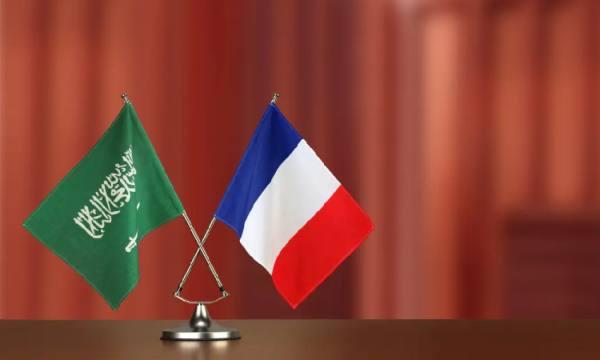 سفير فرنسا بالسعودية: نرفض أي عمل يزعزع أمن المنطقة