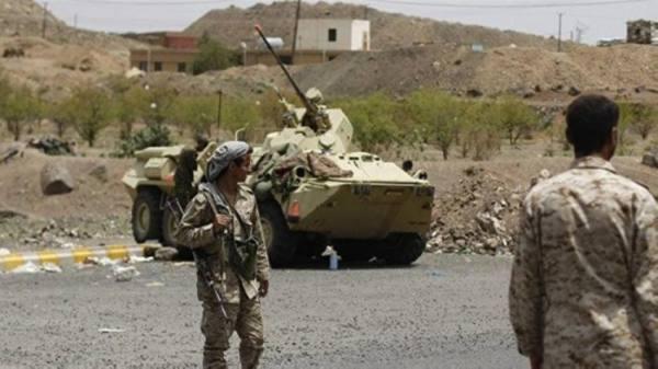 قتلى وجرحى حوثيون في مواجهات مع الجيش اليمني شرقي تعز