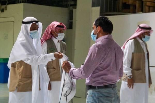 الحرمين تكثفت الخدمات والإجراءات الاحترازية على أبواب المسجد الحرام