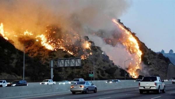 دخان حرائق أستراليا يوازي الكميات المنبعثة من ثوران بركان