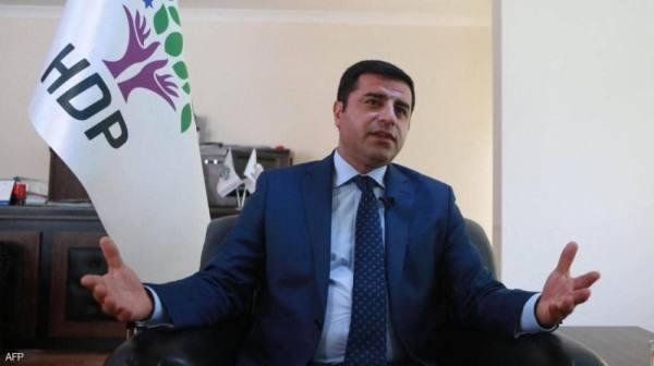تركيا.. السجن لسياسي بارز بتهمة