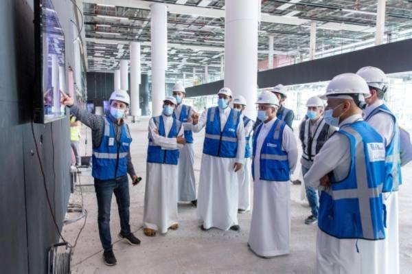 الدعيلج يتفقد المشاريع التطويرية بمطار الملك خالد الدولي