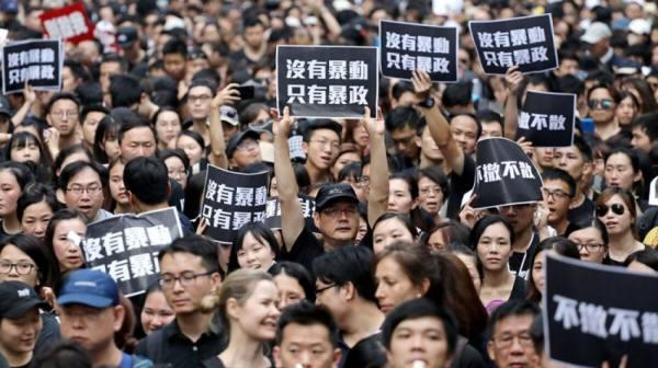 الصين تصادق على تعديلات جذرية لنظام هونغ كونغ السياسي