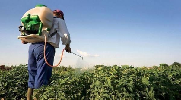 10 ملايين ريال غرامة لاستيراد مبيدات أو منتجات زراعية محظورة