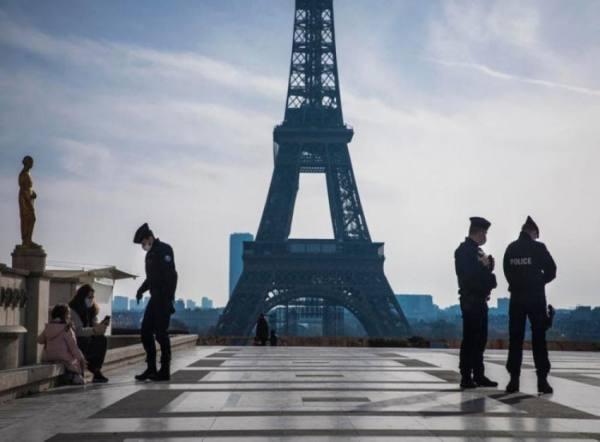 إغلاق المدارس وتقييد التنقّلات في كل أنحاء فرنسا لمكافحة كورونا