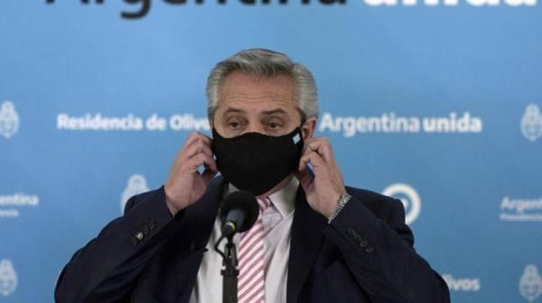 الرئيس الأرجنتيني يصاب بكورونا بيوم ميلاده