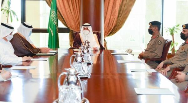 أمير تبوك يترأس اجتماع الإدارات الحكومية والخدمية لمتابعة استعدادات شهر رمضان
