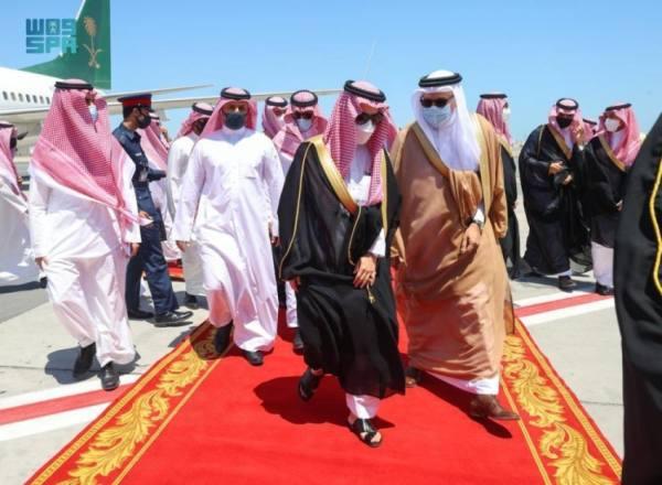 وزير الخارجية يصل البحرين في زيارة رسمية
