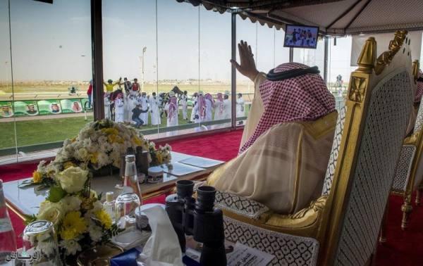 أمير القصيم يرعى الحفل الختامي لموسم سباقات الفروسية