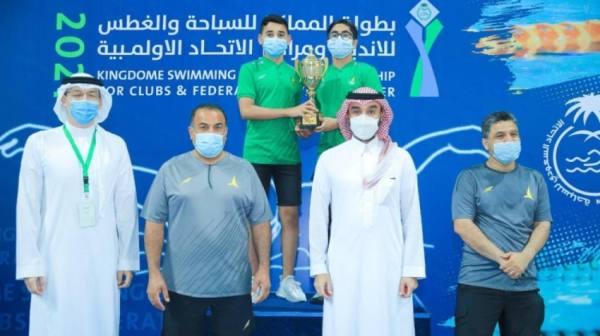وزير الرياضة يُتوج الفائزين بطولة المملكة للسباحة والغطس