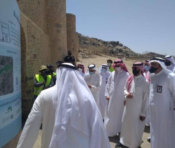 أمين العاصمة المقدسة يطَّلع على سير عمل مشاريع المواقع التاريخية