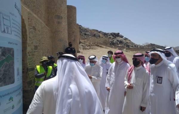 أمين العاصمة المقدسة يطَّلع على سير عمل مشروعات المواقع التاريخية