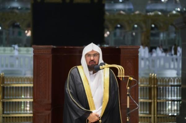 السديس يوصى قاصدي المسجد الحرام  بالتقيد بالتدابير الاحترازية