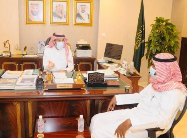 الثبيتي  لـ  المدينة : إنجاز 51 % من مستشفى شرق مكة و80 % في الجموم