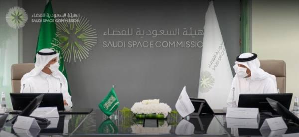 سلطان بن سلمان يبحث التعاون مع هيئة الصناعات العسكرية