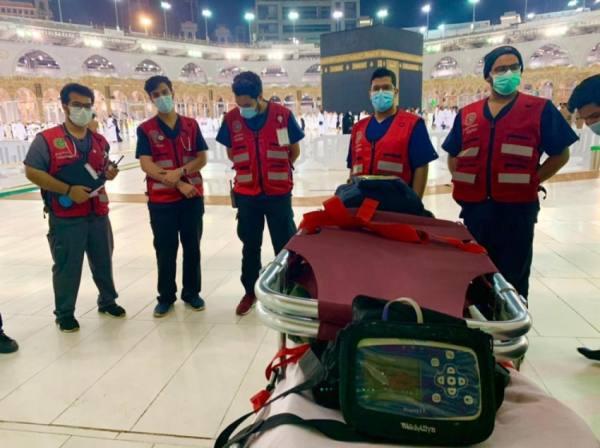 800 ساعة تطوعية لفرق الهلال الأحمر بالحرم المكي