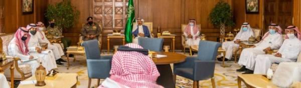أمير عسير يطلع على أعمال اللجنة العليا للتوطين بالمنطقة