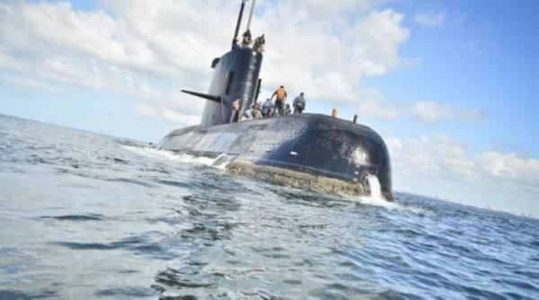 غواصة إندونيسية على متنها 53 فردا تختفي قبالة جزيرة بالي