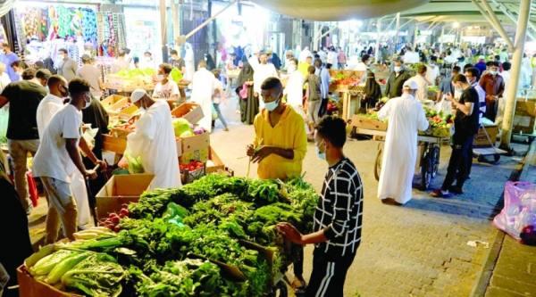 «البلد» وجهة أهالي جدة لشراء احتياجات رمضان