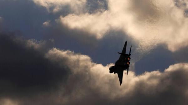 غارات إسرائيلية رداً على صاروخ سوري