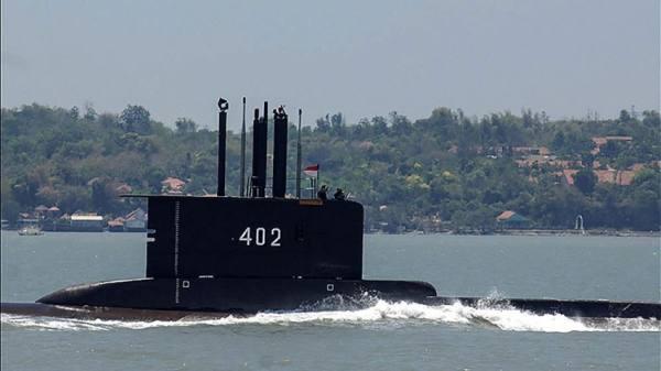 البحرية الإندونيسية تعلن العثور على حطام للغواصة المفقودة