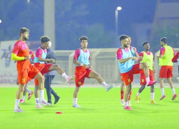 القادسية يستضيف الفيصلي في مباراة مُقدَّمة من الجولة 28