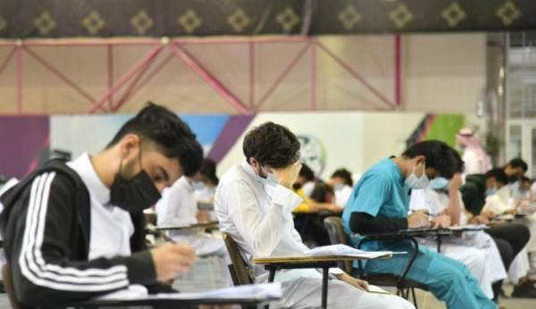 الاختبارات النهائية حضوريا لـ 10 آلاف طالب بأم القرى