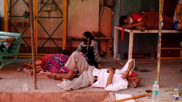 الهند تغرق في أزمة كورونا