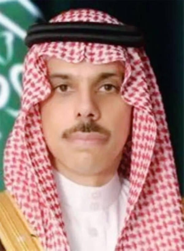 وزير الخارجية يبحث «المستجدات» مع ولي عهد أبوظبي