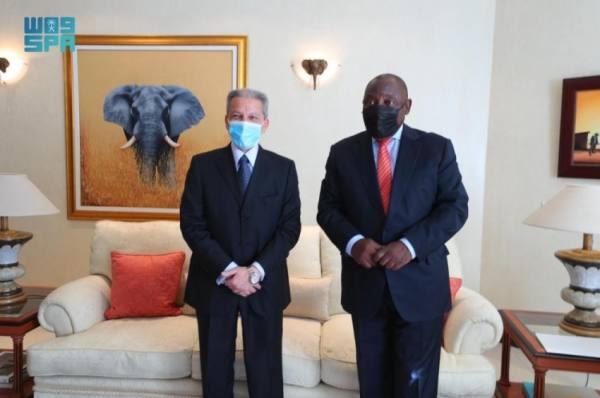 رئيس جنوب أفريقيا يستقبل وزير الدولة لشؤون الدول الأفريقية