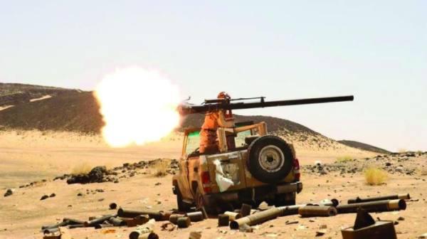 تدمير مواقع حوثية بمدفعية الجيش اليمني وطيران التحالف غرب مأرب