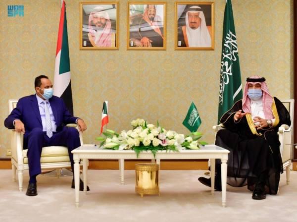 وزير الإعلام المكلف يلتقي وزير الثقافة والإعلام السوداني