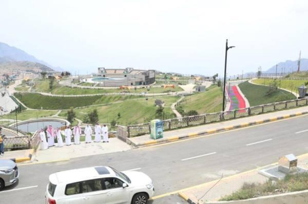 أمين الباحة يتفقد عدداً من المشروعات الجاري تنفيذها بالمنطقة