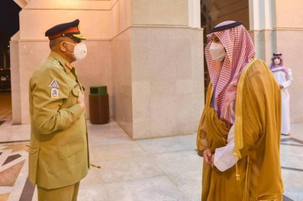 نائب وزير الدفاع يستقبل قائد الجيش الباكستاني