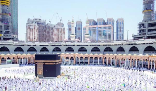 ملايين المصلين يؤدون «الجمعة الأخيرة» في رمضان بإجراءات وقائية