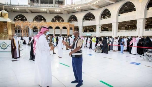 (500) كادر أمن مدني ينفذون خطة الأمن والسلامة بالمسجد الحرام