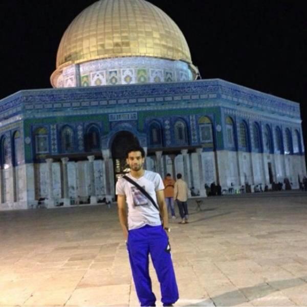 صورة محمد صلاح في المسجد الأقصى..ما قصتها؟