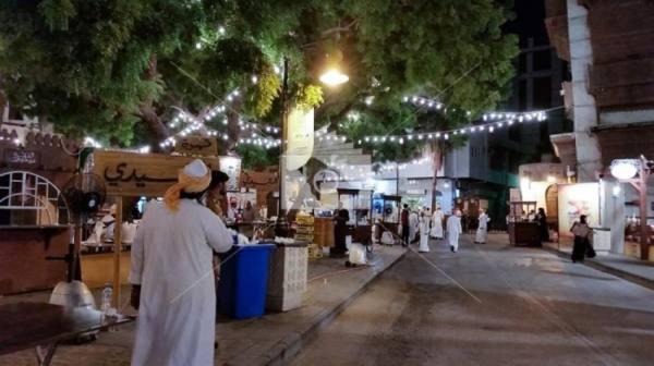 حارات جدة التاريخية .. تستعيد موروثها الشعبي بعبق الماضي في عيد الفطر المبارك