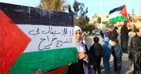 مستوطنون يهود يقتحمون حي الشيخ جراح بالقدس المحتلة