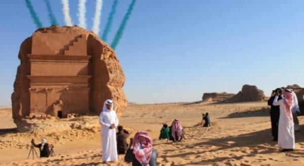 حميد الدين: استئناف دخول السياح الأجانب قريبا